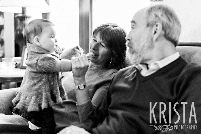 Jewish family portrait session in home with extended family grandparents parents children babies
