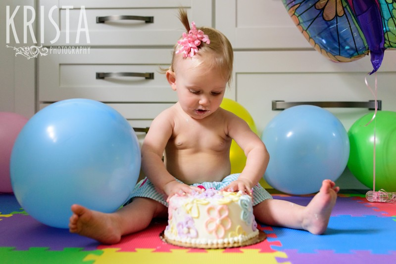 Baby Girl, Year in the Life, Happy Baby, Cake Smash, © Krista Photography, Boston Photographer