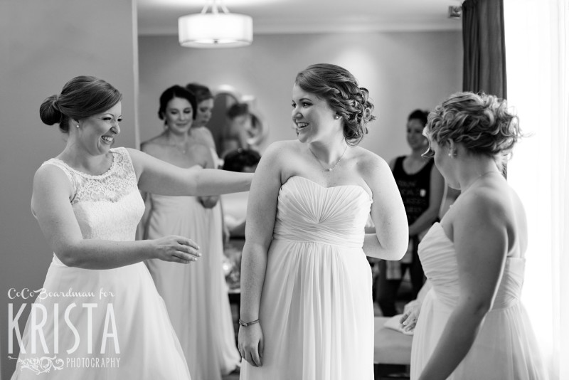 Bride & Bridesmaids getting ready at the Manchester Country Club. © 2016 Krista Photography - www.kristaphoto.com
