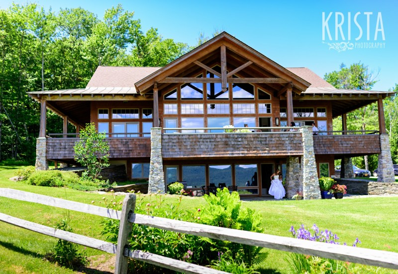 The Jewel House at the Mountain Top Inn - Vermont Wedding Photography by © Krista Photography - www.kristaphoto.com